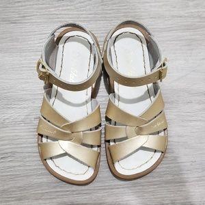 Salt water sandles